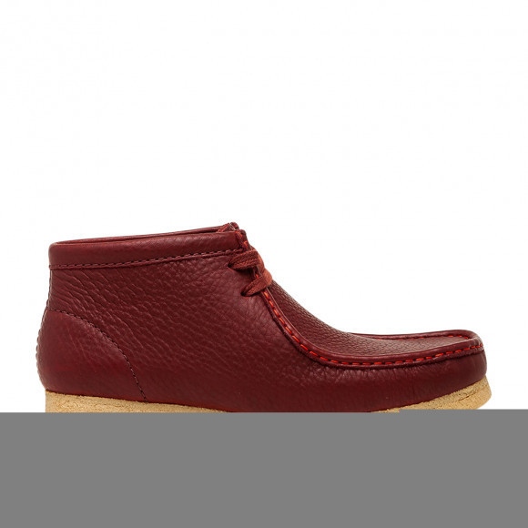 """Clarks x SPORTY AND RICH WALLABEE BOOT """"BURGUNDY"""" - 26155656"""