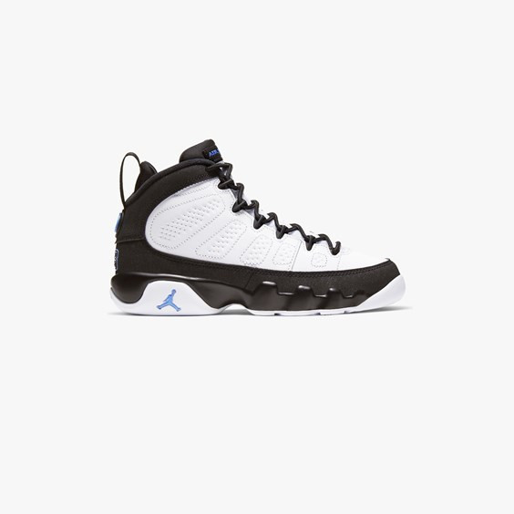 Boys Jordan Jordan Retro 9 - Boys' Grade School Shoe White/University Blue/Black Size 05.0 - 302359-140