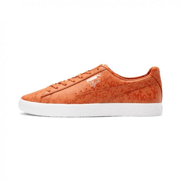 PUMA Clyde Script Sneakers in Uorange/Pale Pumpkin/PWhite - 375900-01