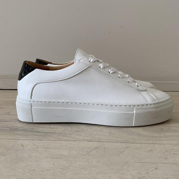 KOIO   Platform Bianco Vintage Women's Sneaker 9 (US) / 39 (EU) - 4778086793252