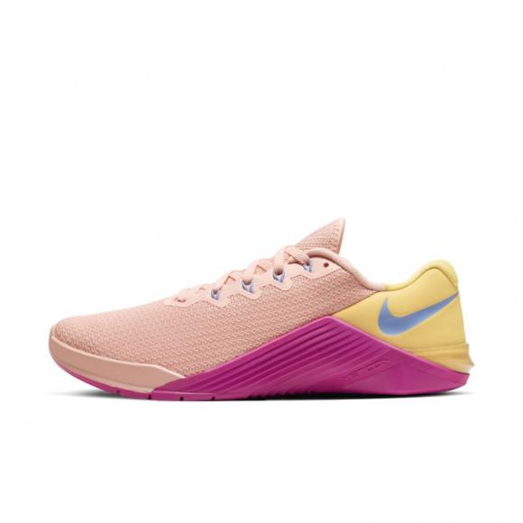 Chaussure de training Nike Metcon 5 pour Femme - Rose - AO2982-668