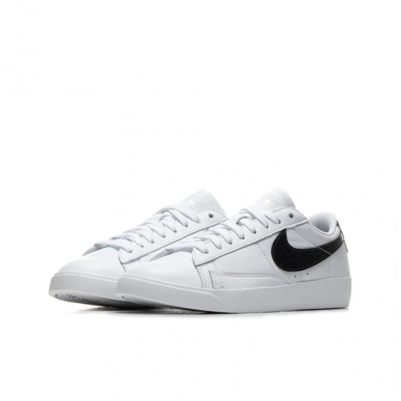 Nike Blazer Low Women's Shoe - White - BQ0033-100