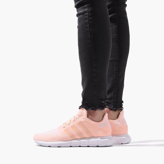 Women's shoes sneakers adidas Originals Swift Run CG6910