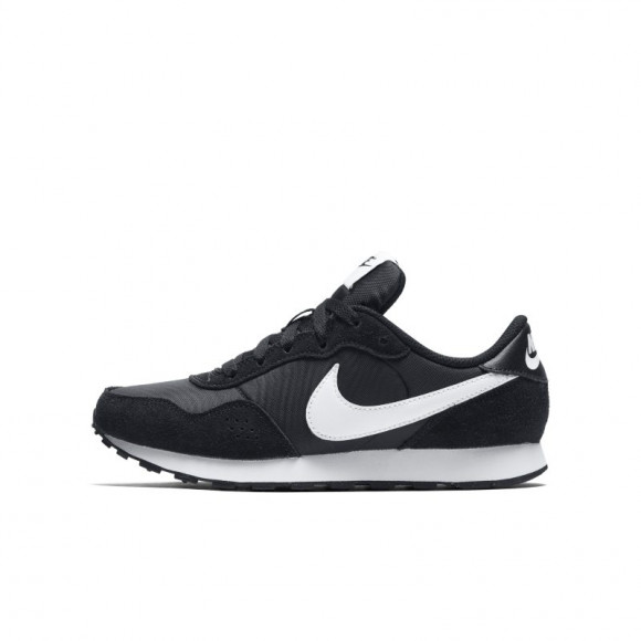 Boys Nike Nike Valiant Mid - Boys' Grade School Shoe Black/White Size 07.0 - CN8558-002
