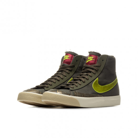 Chaussure Nike Blazer Mid'77 pour Femme - Vert - CZ0462-200