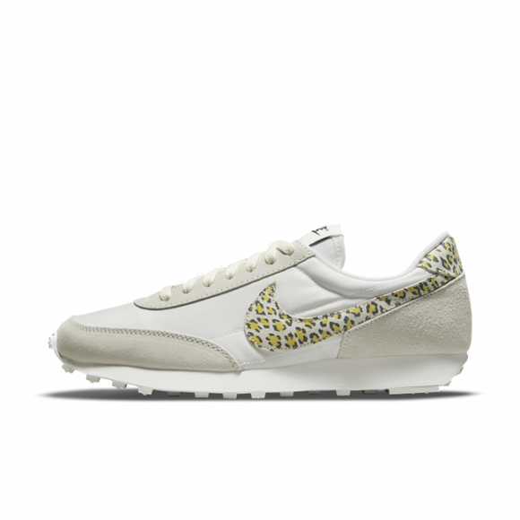 Nike DBreak SE Women's Shoe - Grey - DM3346-100
