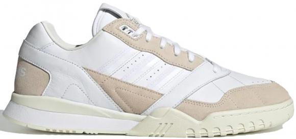 adidas A.R. Trainer Ftwr White/ Linen