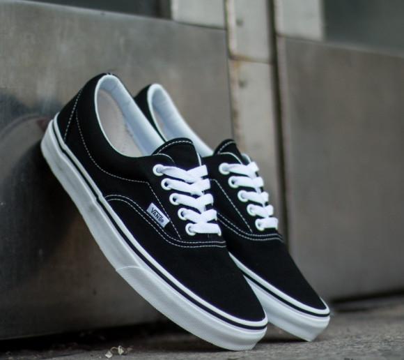 Boys Vans Vans Era - Boys' Grade School Shoe Black/White Size 03.5 - VN000EWZBLK1