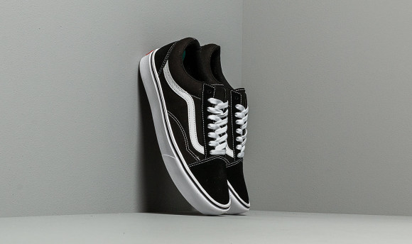 Vans ComfyCush Old Skool (Classic) Black/ True White - VN0A3WMAVNE1